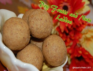 Dry fruits & Nuts Laddoo