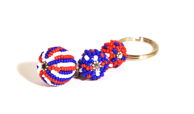 KEY CHAIN of Zulu Glass Beads. Czech hand beaded glass.This color 