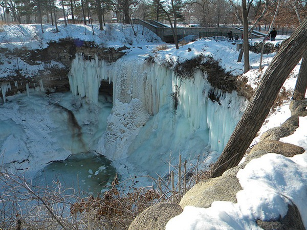 Frozen Minnehaha Falls-Minneapolis