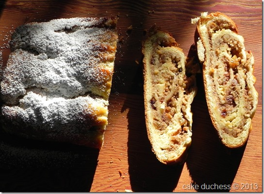 kalács-rolled-walnut-bread-2