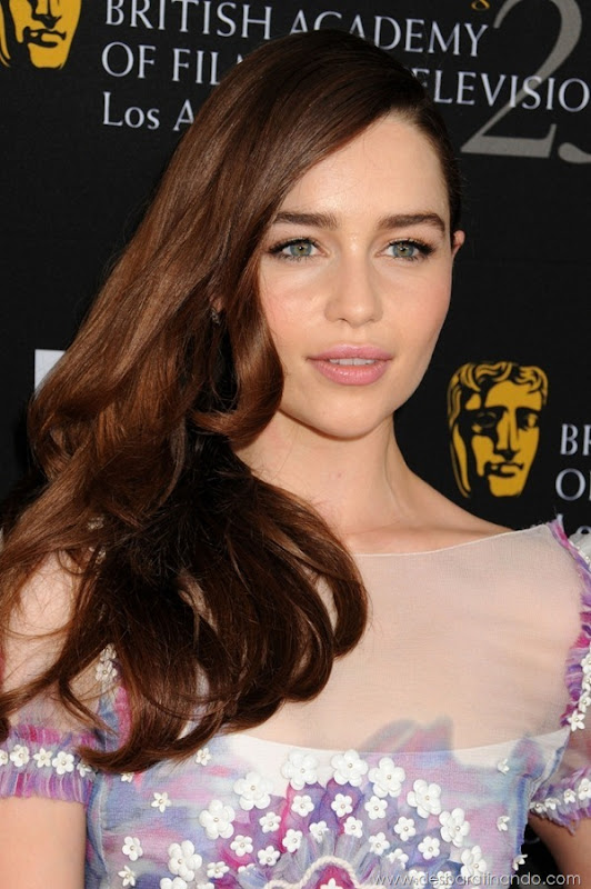 emilia-clarke- Daenerys-Targaryen-linda-sexy-game-of-trhones-guerra-dos-tronos-sexta-proibida-desbaratinando (61)