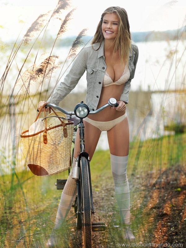 nina-agdal-modelo-biquini-bikini-linda-sensual-nude-boobs-model-desbaratinando-sexta-proibida (7)
