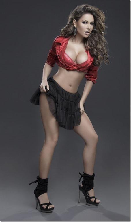 hot-mexican-models-36