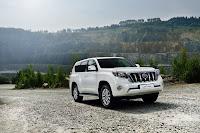 2014-Toyota-Land-Cruiser-Prado-33.jpg