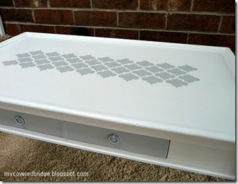 coffee_table_close_up_4