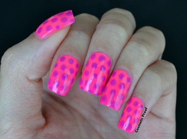 neon_gradient_polka dots