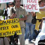 News_100818_HealthcareProtest_PHOTOS