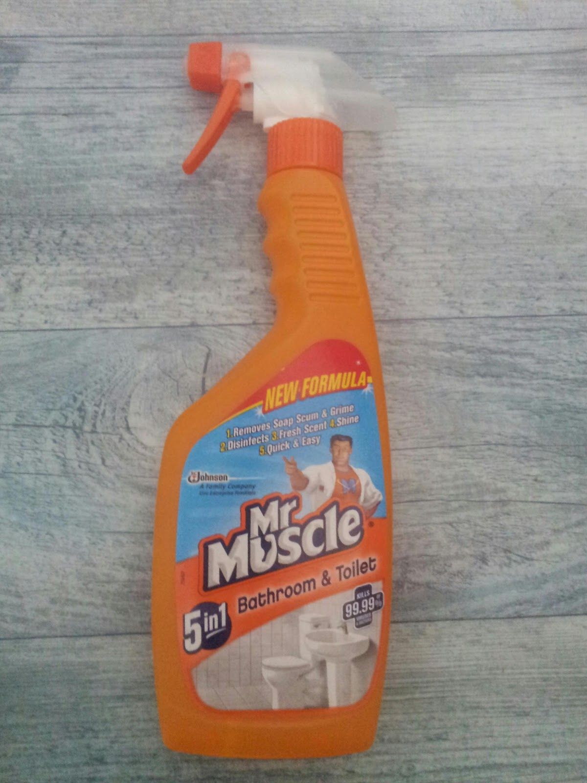Mr muscle bathroom and toilet cleaner - The Review Hut