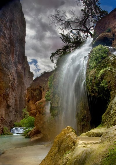 below mooney falls scott hile