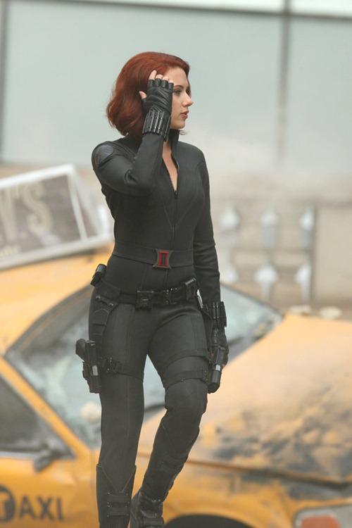 scarlett johanson avengers (6)