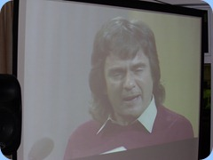 """Dudley Moore doing a satirical musical interlude of """"Die Fledermaus"""". Shown her on the big screena and projected using a video clip courtesy of Doug Farr"""