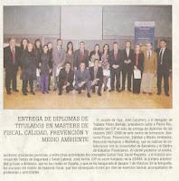 Entrega_de_diplomas_de_titulados_en_masters_de_Fiscalx_Calidadx_Prevencixn_y_Medio_Ambiente.jpg