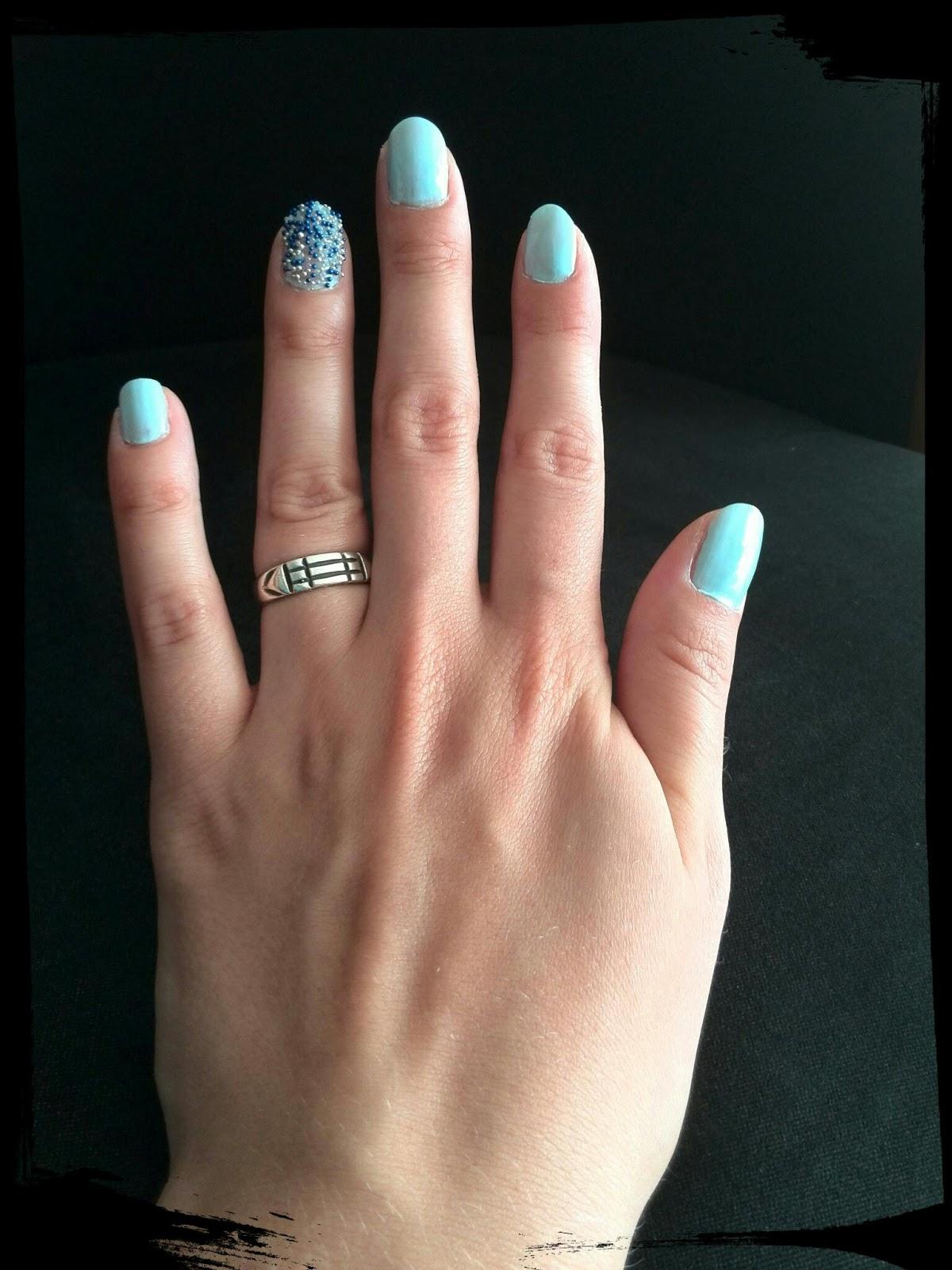 Inquietudes Terrenales: Look veraniego para tus uñas