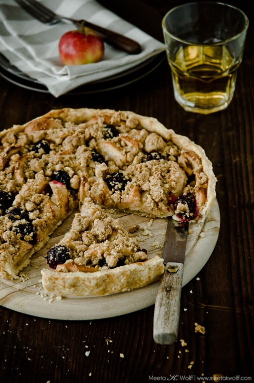 Honey Roasted Apple Crostata (0091) by Meeta K. Wolff