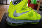 nike lebron 10 gr atomic volt dunkman 5 06 Nike, This is How We Want Our Volts! With Diamond Cut Swoosh.