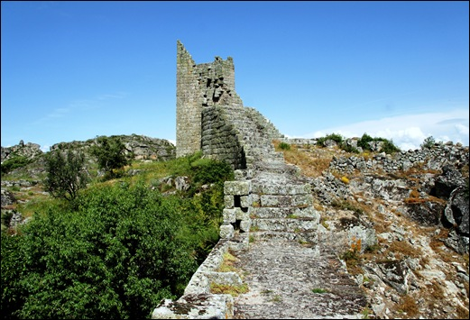 Marialva - Glória Ishizaka -  Castelo - torre 1