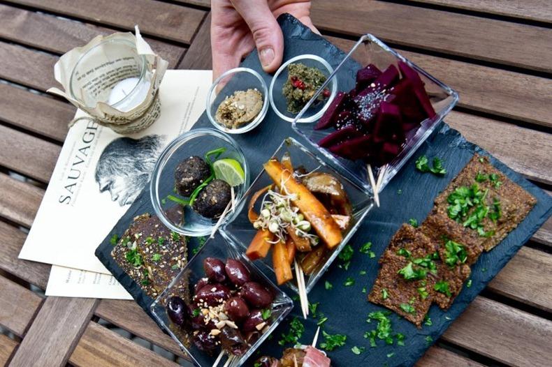 Berlin restaurant serves stone age food amusing planet for Primal kitchen restaurant