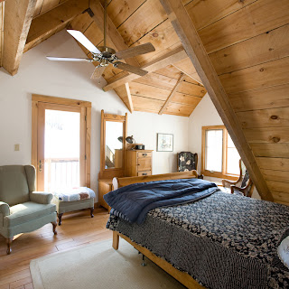Bedroom with dormer in Ecolog cottage in Ontario