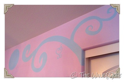 enchanted_tree_painted_on_wall_girls_room_2