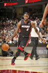 lebron james nba 131127 mia at cle 07 LBJ Wears Away 11s and... Goes Back to Elite 10s, Again!