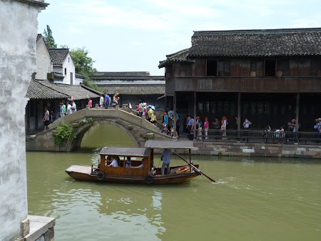 Obiective turistice China: pe canalele din Wuzhen