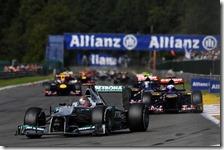 Schumacher sul rettilineo del Kemmel nel gran premio del Belgio 2012