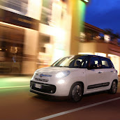 2013-Fiat-500L-MPV-Official-19.jpg