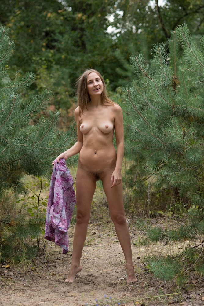 [Eroticbeauty] Lenta - Naked In Nature