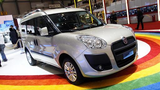 Yeni Fiat Doblo'nun 7 Koltuklu Versiyonu Cenevre'de Tanıtıldı