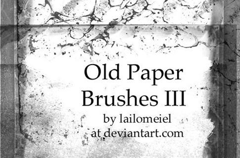 Pinceles de papel viejo