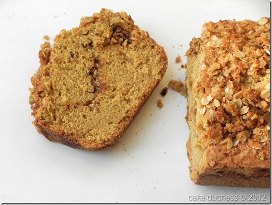 walnut-streusel-bread-3