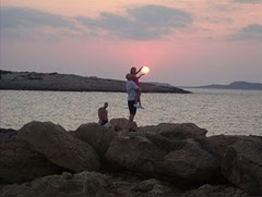 foto asik matahari pantai