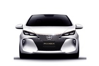 Toyota-Premi-Aqua-1