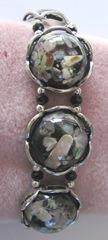 black silver dicohric shell bracelet closeup1