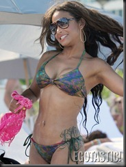 christina-milian-bikinis-in-miami-01--675x900