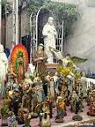 VENTA DE IMAGENES RELIGIOSAS EN LAS FIESTAS DE SAN GENARO, EN LA PEQUEÑA ITALIA, NUEVA YORK (LITTLE ITALY). FOTO POR ARTUR CORAL. D., 21 SEP 2014.