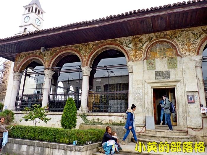 1014-2阿爾巴尼亞圖書館1.JPG