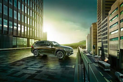BMW-X5-08.jpg