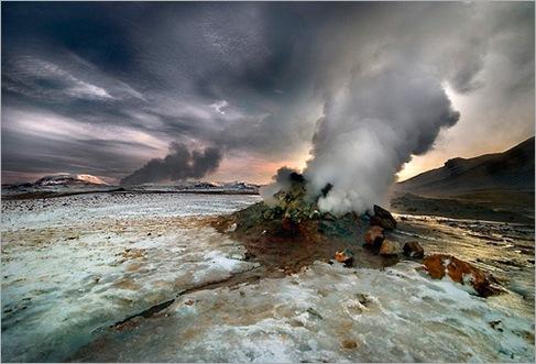 Gateway To Hell – Námaskarð, Iceland 01