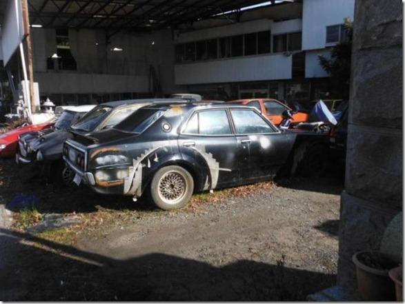 japan-graveyard-old-cars-11