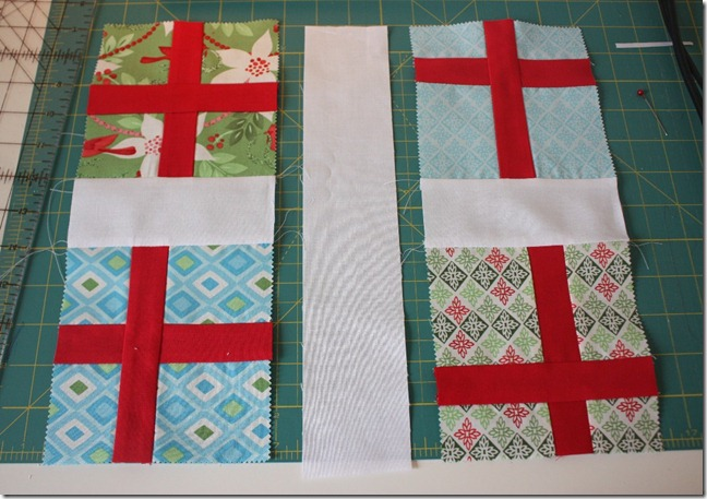 Simple Gifts Christmas Runner10