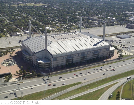'Alamodome' photo (c) 2007, T. C. - license: http://creativecommons.org/licenses/by-nd/2.0/