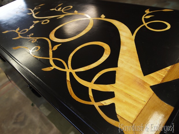 Use Vinyl as a Stencil with Wood Grain Showing Through... it's EASY! {Sawdust and Embryos}