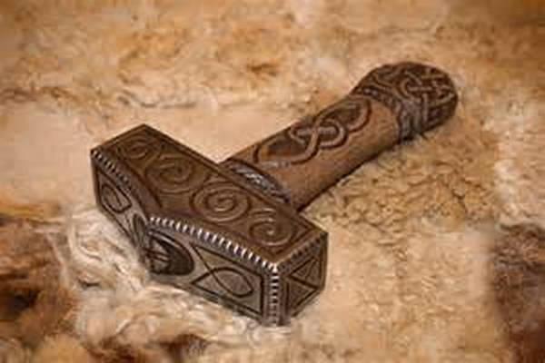 7- O martelo de Thor