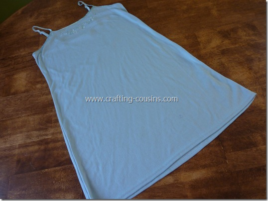 Crafty Cousins' ruffle tank tutorial (1)