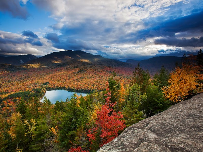 autumn-vista-adirondacks_38220_990x742.jpg