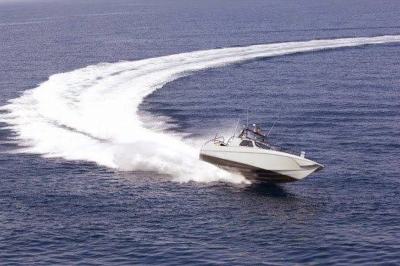 speed-boat.jpg