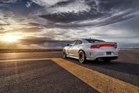 2015-Dodge-Charger-Hellcat-SRT-37.jpg