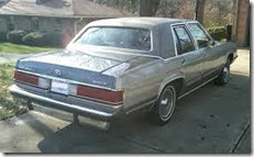 1989MercuryGrandMarquis04-crop1