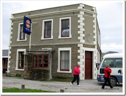 The Highwayman pub at Dunback, Central Otago.